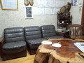 休憩室のソファとテーブル