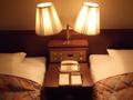 ベッド灯です