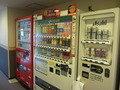 連絡通路の自動販売機