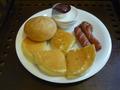 朝食はルームサービス