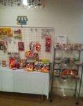 軽食とお菓子販売