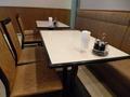 レストラン客席