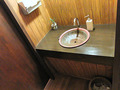 古色蒼然たる洗面鉢