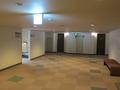各階のエレベータホールの様子