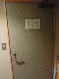 部屋側からみたドア