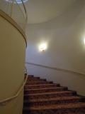 地下へいく階段