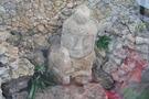 廊下から見える石仏2