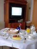 朝食もルームサービス