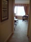バスルームの前から室内を撮影