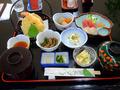 夕食は2,000円で別に頼みます。