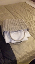 持ち運び可能なバスタオルとハンドタオル