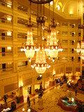 ディズニーランドホテルのシャンデリア
