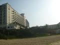ビーチからホテルを見た風景