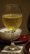嵯峨沢館の夕食「グラスワイン」