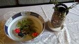泡の湯のロビーの休憩所に置いてある涼しげな金魚のオブジェ