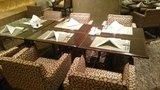 ヒルトン東京の1F「マーブルラウンジ」のビュッフェの座席