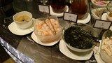 ヒルトン東京の1F「マーブルラウンジ」のビュッフェの麺トッピング