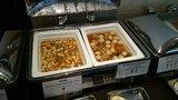 中華料理「芙蓉城」のビュッフェの麻婆豆腐、醤油煮込み