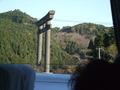 バスから撮影した鳥居