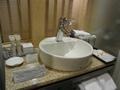 オシャレな洗面台とアメニティ