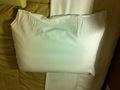 部屋デフォルトの枕