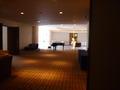 4階のオープンスペース(両側が催し会場の部屋)