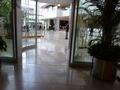 ヒルトンプラザ(1階)ロビーです