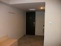 客室(奥から入口を望む)