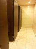 地下1階女性用トイレ