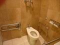 3階身障者用トイレの便器