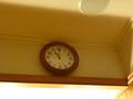スパのロッカールの壁には掛け時計