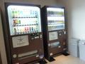 缶ビールとお水など販売機もありますよ!(自動販売機コーナー②)