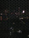 金網越しの夜景
