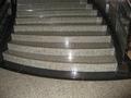 らせん階段。