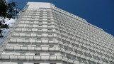 高層のホテルですね。