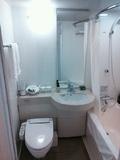 ユニットながら広めのバスルーム。