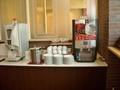 コーヒーサーバーとカップ類、氷