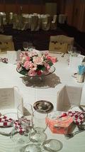 関西エアポートワシントンホテル内の結婚式の披露宴会場のテーブルセッティング
