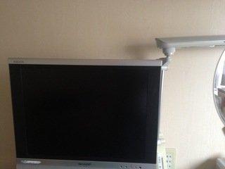 テレビとデスクライト