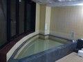 男性用の風呂の湯船