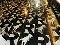 REXカフェの床