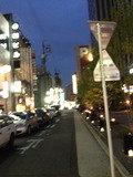 ホテル前の通りです。
