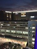 セントラーザ屋上から博多駅の写真です。