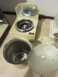 湯沸かしポットの中もきれいでした。
