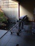 玄関の荷車