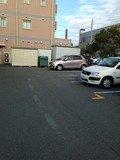 ホテル裏側駐車場
