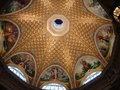 ロビーの天井。