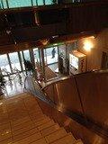 2階から1階ロビーを見ると
