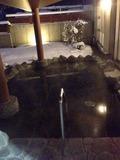 露天風呂は屋根付き