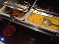 朝食ハンバーグとスクランブルエッグ